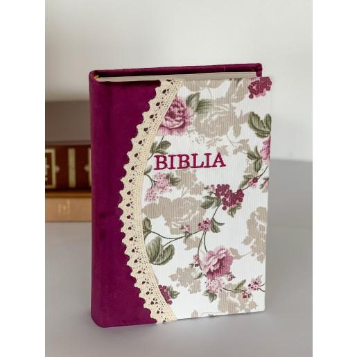 Biblie handmade  053 - floral mov